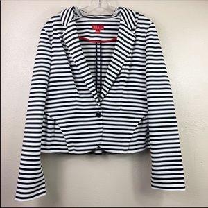 4/$25 Elle Striped Blazer